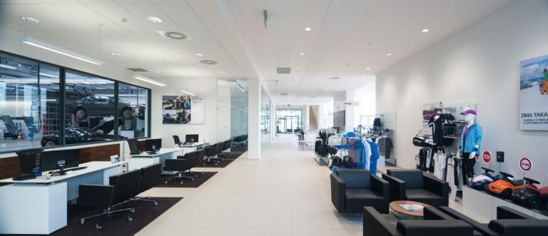 Salon_BMW_MINI_Dobrzanski-Komorowska_Kronenberg_Architekci-Krakow009